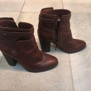 Brown Vince camuto zip booties ..beautiful